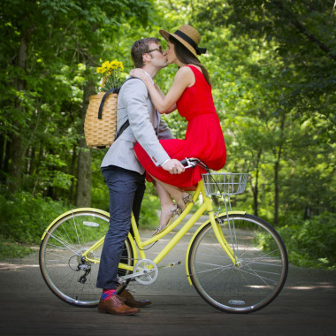 Engagement Photographer Louisville KY
